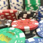 How is Online Poker Better Than Land Based Poker?